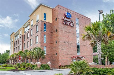 comfort suites west of the book comfort suites west of the in charleston
