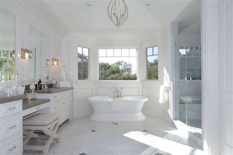 Bay Window Tub   Transitional   Bathroom