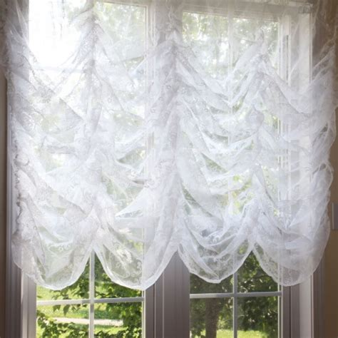 austrian curtain