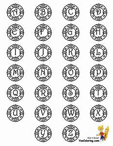 Wreathy christmas alphabet printables christmas coloring for Alphabet wreath letters