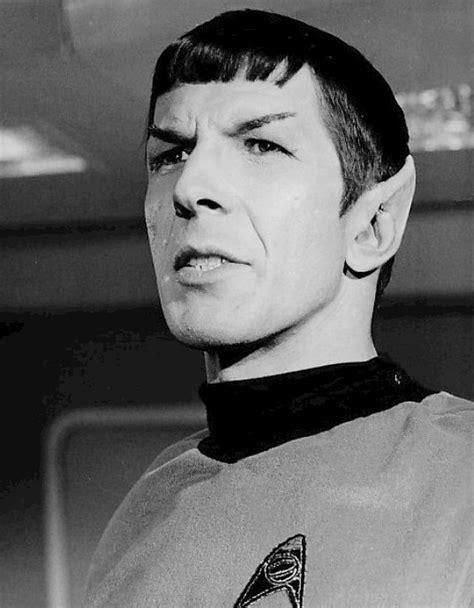leonard nimoy canon file leonard nimoy spock 1967 jpg wikimedia commons