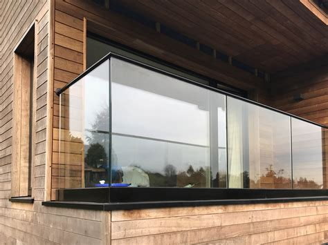 glass balustrades  surrey west london p p glass