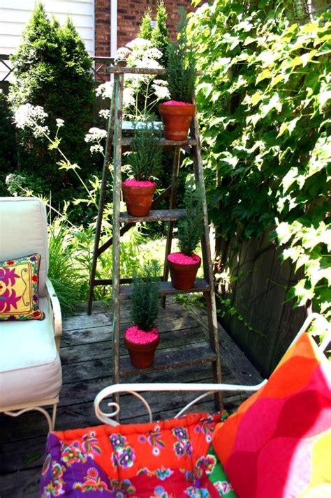 develop planter  wooden ladder  leaders