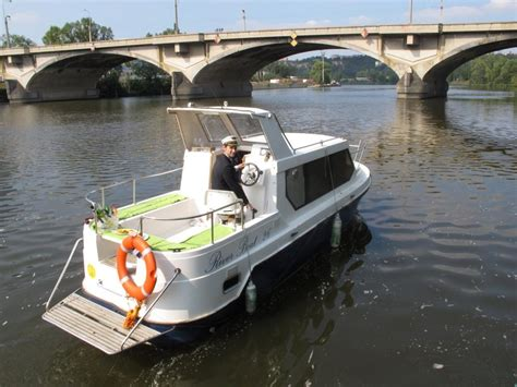 Boats 4 U Prague by Rohan Boat Prague Wellness Hotely Praha Spa Cz