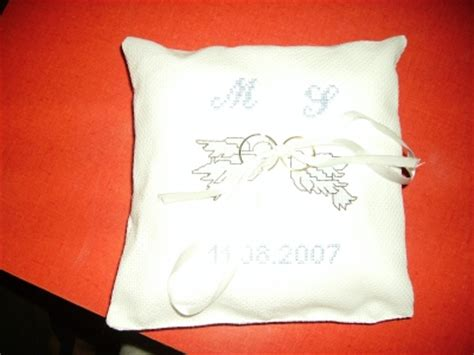 coussin pour alliance a broder mod 232 le broderie coussin alliance