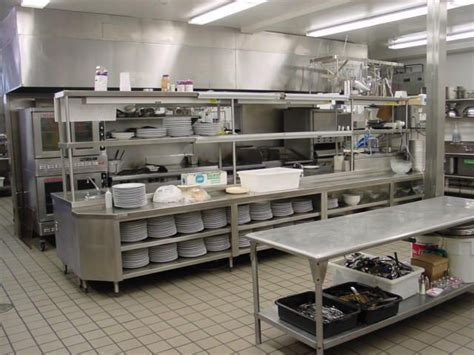 equipement cuisine commercial best 25 restaurant kitchen design ideas on