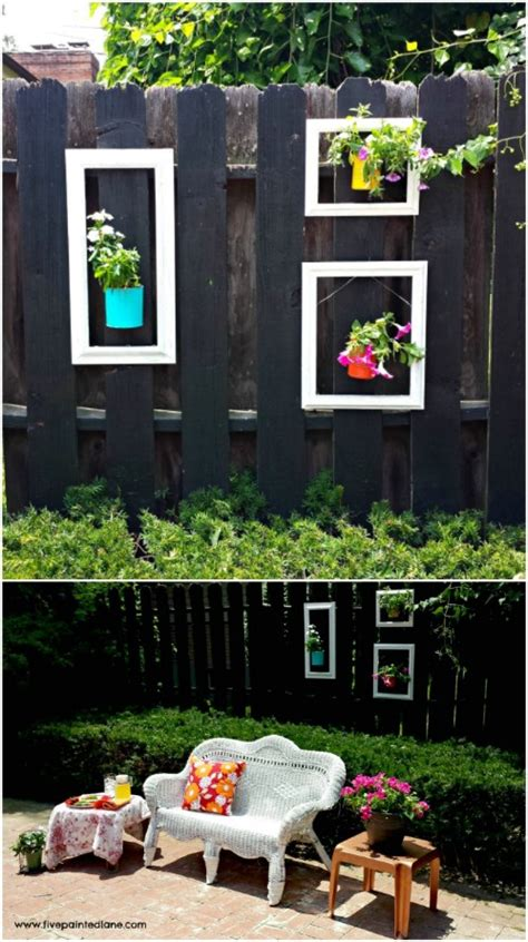 backyard fence decor 30 eye popping fence decorating ideas that will instantly