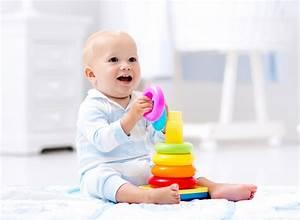 Spielzeug Für Baby 8 Monate : lernspielzeug sinnvolles baby spielzeug f r die ersten 12 ~ Watch28wear.com Haus und Dekorationen