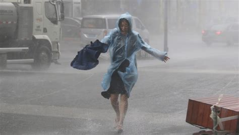 deadly super typhoon hits china  wreaking havoc   philippines