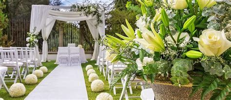 27 Beautiful Wedding Aisle Decoration Ideas
