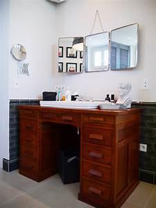 idee deco salle de bains retro campagne avec un bureau With idee meuble salle de bain