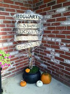 Harry Potter Decoration : 25 great ideas about harry potter halloween on pinterest ~ Dode.kayakingforconservation.com Idées de Décoration
