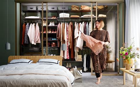 clothing storage closet systems elfa
