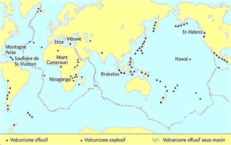 Carte Des Volcans Actifs Dans Le Monde by Formation D Un Volcan Les Volcans