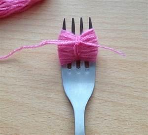 Faire Des Pompons : faire un pompon avec une fourchette la fille du quatri me ~ Zukunftsfamilie.com Idées de Décoration