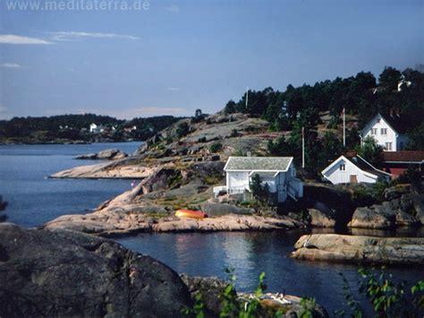 Häuser Kaufen Norwegen by Norwegen Bunte H 228 Uschen Auf Sch 228 Ren Und Riffen 5