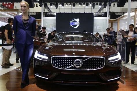 volvo  sell chinese  cars    year