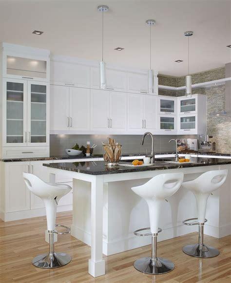 armoire de cuisine polyester cuisine contemporaine blanche les armoires de cuisine et