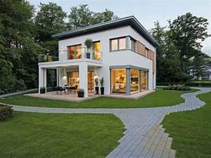 Smart Home Ideen : traumhaus mit garten ~ Lizthompson.info Haus und Dekorationen