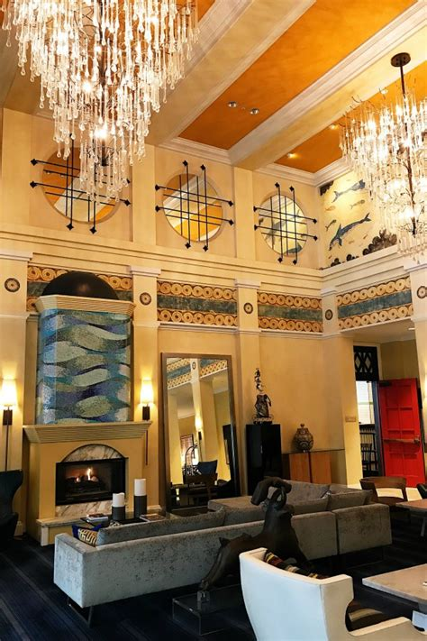 kimpton hotel monaco downtown seattle reluctant entertainer
