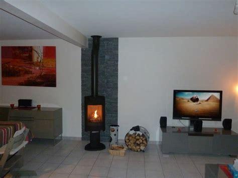 plaque imitation carrelage pour cuisine parement mural en ardoise naturelle cheminée