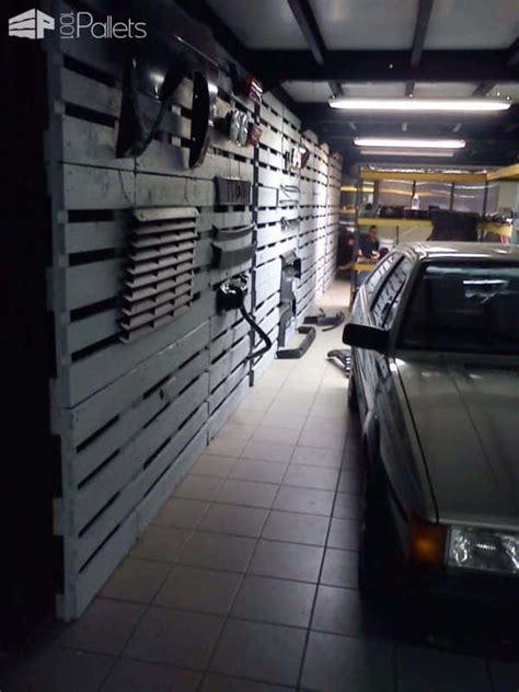 pallet wall   garage  pallets