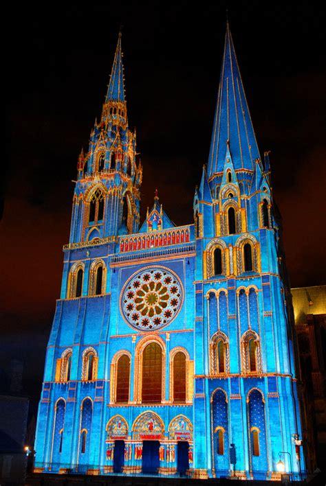 cuisine plus chartres la cathédrale de chartres une cathédrale de lumière