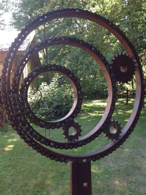 creative diy rusted metal projects  beautify  yard