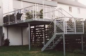 gelander aussengelander an einer treppe mit balkon With whirlpool garten mit treppe vom balkon in den garten bauen