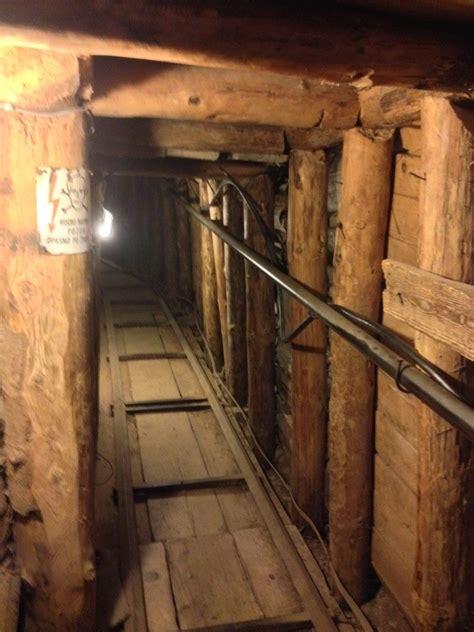 si鑒e sarajevo nel tunnel di sarajevo simona sacri travel