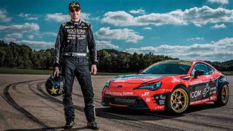Toyota Gt86 Drift by Toyota Gt86 Coupe Creates 86 By Drifting Visible