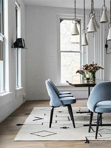Quels meubles de salle a manger pour personnaliser son for Meuble salle À manger avec chaise grise
