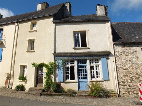 maison a vendre rochefort maison 224 vendre en bretagne morbihan rochefort en terre deux maisons voisines situ 233 es dans