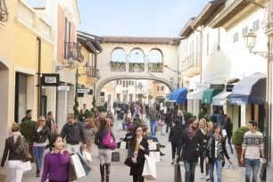 designer shopping serravalle designer outlet shopping tour from milan