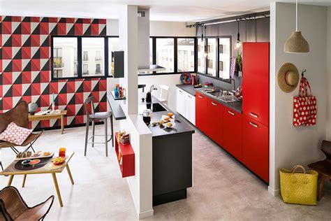 amenagement cuisine ilot central cuisine ouverte sur ilot central meuble de rangement