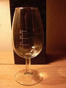 Verre à Whisky Tulipe : verre de whisky ~ Teatrodelosmanantiales.com Idées de Décoration