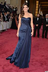 Sandra Bullock Glams It Up In McQueen At The Oscars ...