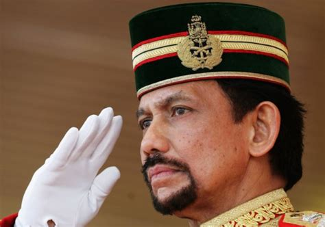 sultan hassanal bolkiah the world 39 s richest royals