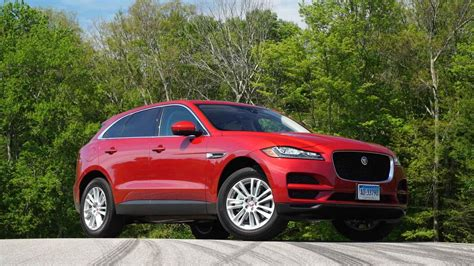 Sporty Suvs by 2017 Jaguar F Pace Suv Proves Luxurious And Sporty