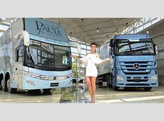 MercedesBenz entrega ônibus e caminhão para a cantora