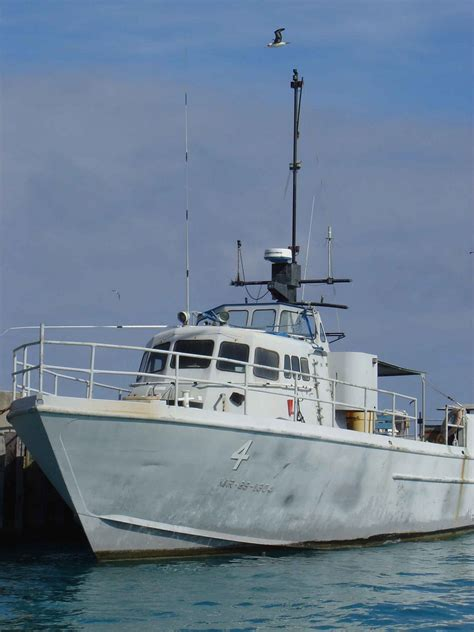 Surplus Patrol Boats by Us Navy Government Auctions Governmentauctions Org R