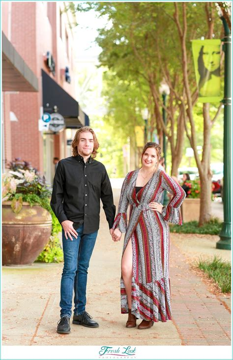 Town Center Virginia Beach Couples Session Robynchris