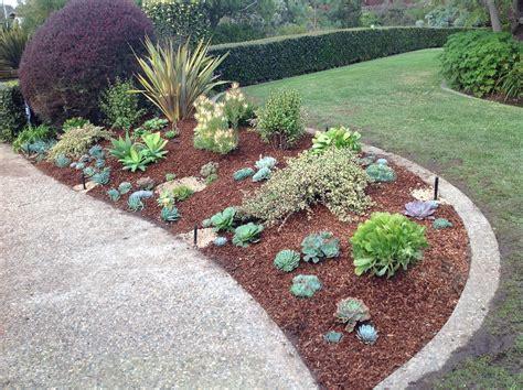 Landscaping With Succulents Plant Ideas — Bistrodre Porch