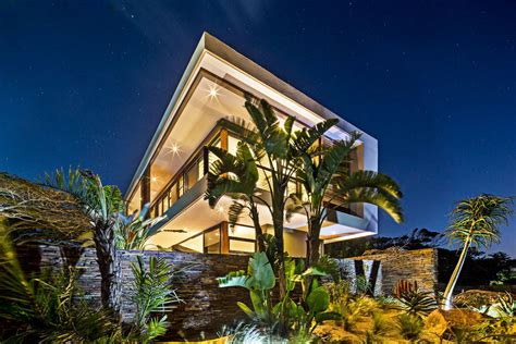 Exquisite Contemporary Residence In Kwazulunatal, South