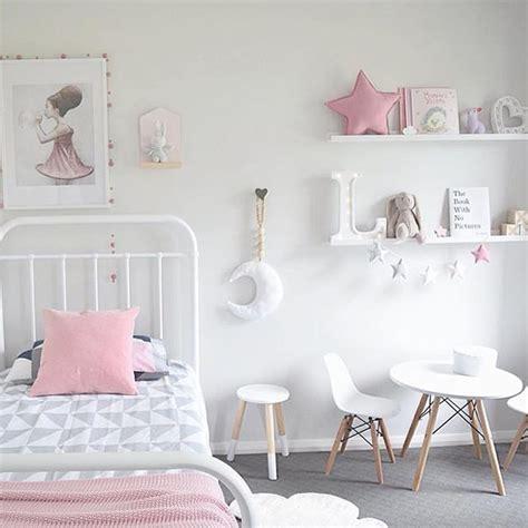 simple girls bedroom ideas  pinterest girls
