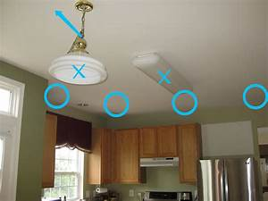 Installing recessed lighting in a kitchen : Remodelando la casa thinking about installing recessed
