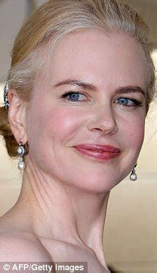Hair Dye In Carpet by Nicole Kidman Finally Brings Colour Back To Her Greying