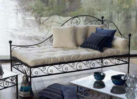 canapé marocain occasion le canapé marocain du traditionnel au plus design