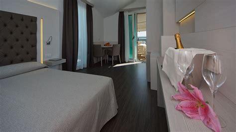 les huissiers peuvent ils entrer dans les chambres de luxe suite à jesolo lido hotel europa