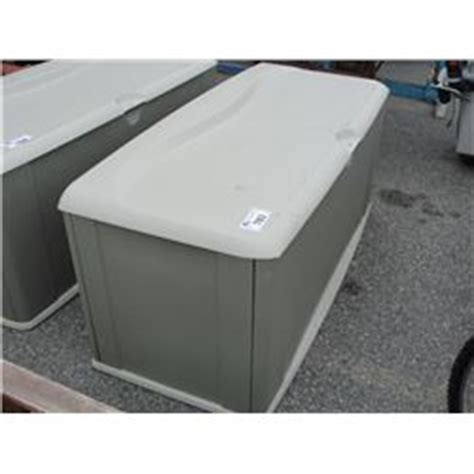 rubbermaid patio storage trunk rubbermaid outdoor storage trunk